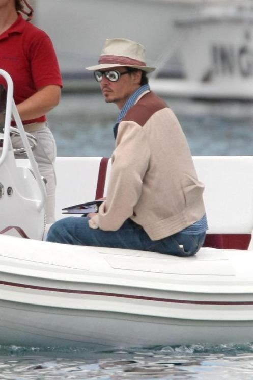 Johnny Depp in Puerto Rico for filming of Rum Diary